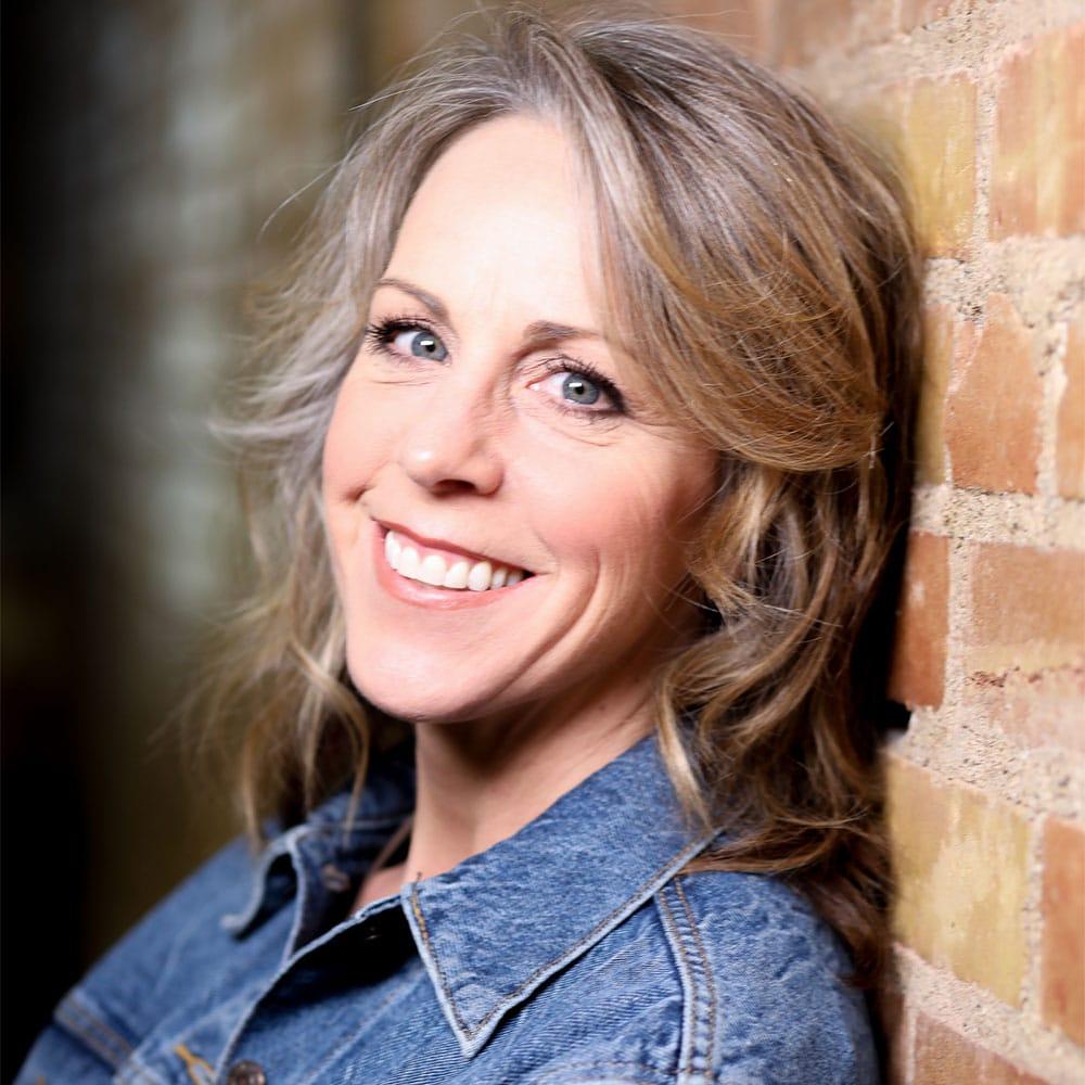 Michelle Finnegan, Intuitive and Medium